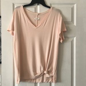 Lou and Grey size M tee